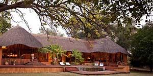 luangwa-river-camp-zambia-saf4africa